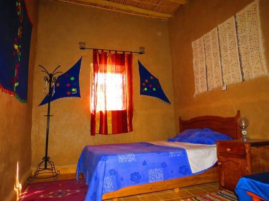 Riad Tadarte Restaurant : chambre simple riad tadarte hotel tadarte merzouga