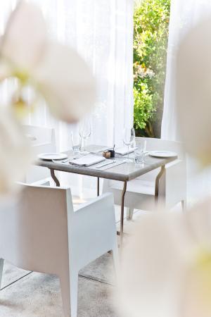 Kensington Place: Breakfast on the terrace