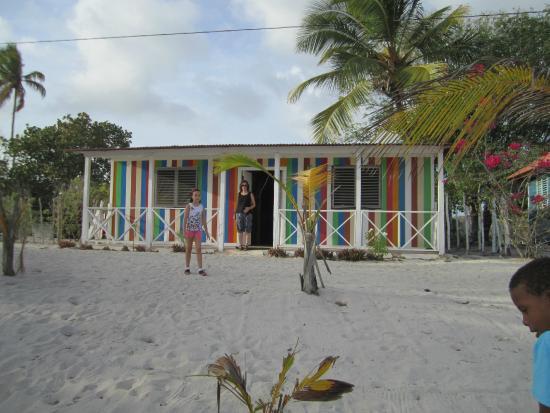 Zona del comedor en la playa picture of casa rural el paraiso de saona isla saona tripadvisor - Casa rural el paraiso ...