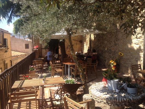 Terrazza - Picture of Trattoria Sant\'Anna, Gangi - TripAdvisor