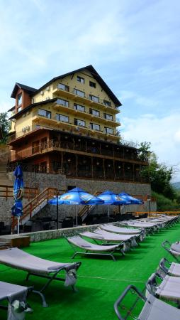 Hotel Diamond & Complex Ovi