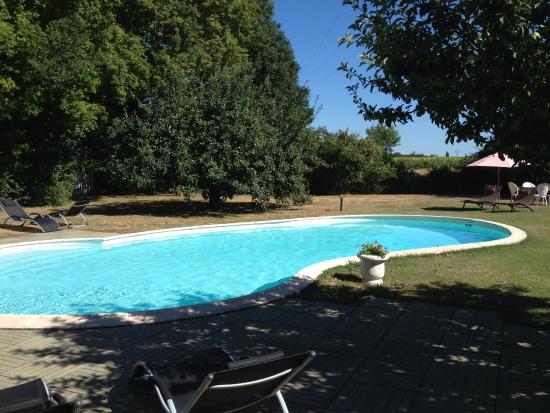 Sonnac, Francia: La Piscine