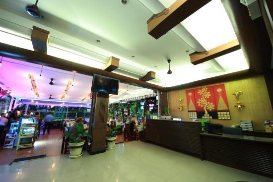Lemongrass Hotel: Lobby Area