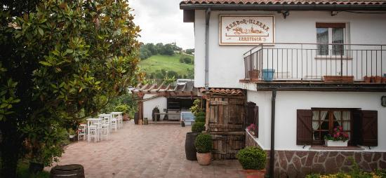 Restaurante illarra spanish restaurant illarra bidea - Restaurante kaskazuri san sebastian ...