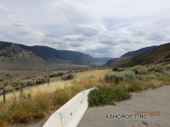 Blue Sage Bed and Breakfast: outskirts ashcroft