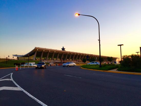 Supreme Airport Shuttle