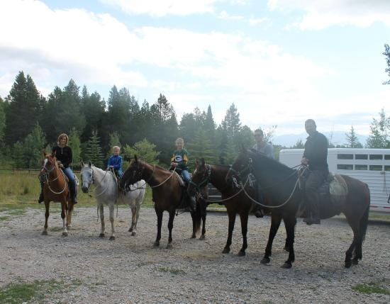 Bagley's Teton Mountain Ranch: Very accomodating and Kent had picked a horse to suit each one of us.