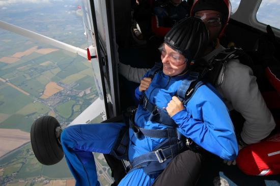 Skydive London