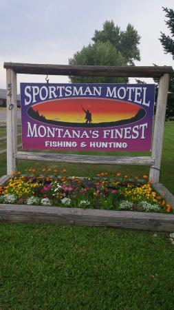 Sportsman Motel Cabins and RV Park: Super for anglers!