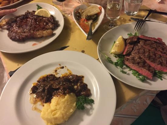 al Roccolo: Carne e ancora carne!