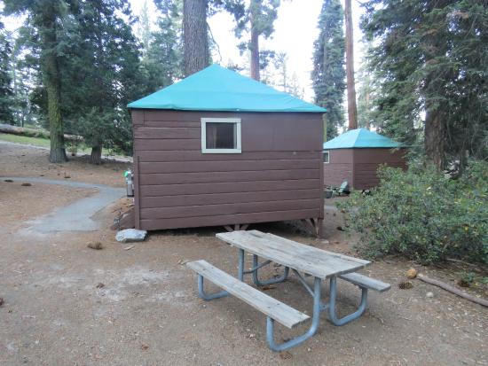 Grant Grove Cabins Merendero & Tent cabin - Picture of Grant Grove Cabins Sequoia and Kings ...