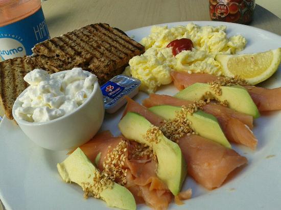 Osumo: Salmon breakfast