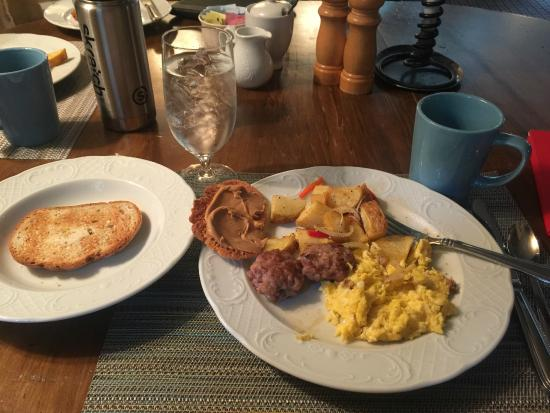 Ski Tip Lodge: Delicious breakfast!