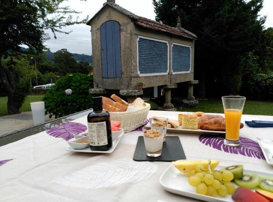 Vinotel 7 Uvas: desayuno en terraza