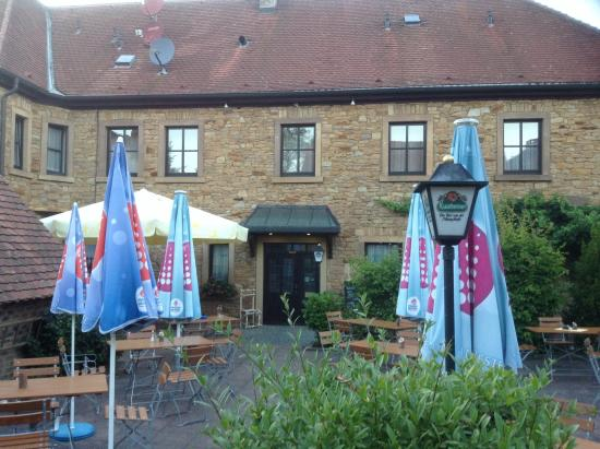 Landhotel Neuses: Sehr gemütlicher Innenhof