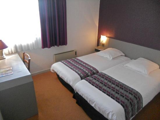 les jardins d 39 ol ron hotel saint pierre d 39 ol ron france voir les tarifs et 170 avis. Black Bedroom Furniture Sets. Home Design Ideas