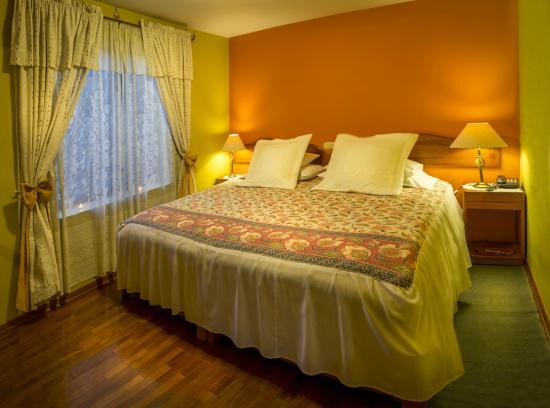 Hotel Torre Dorada: Matrimonial Room