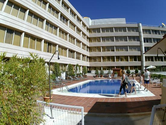 Swimming Pool Picture Of Pullman Madrid Airport Feria Madrid Tripadvisor