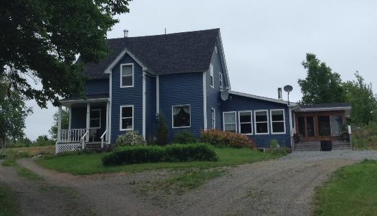 Seaweed and Sod Farm Bed and Breakfast: Farmhouse