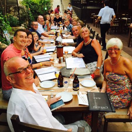 Cheers Restaurant: photo0.jpg