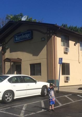 """Travelodge Muskegon: My grandson gave it """"2 thumbs up!"""""""