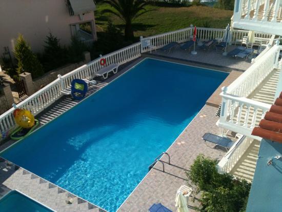 Pool - Clear Horizon Photo