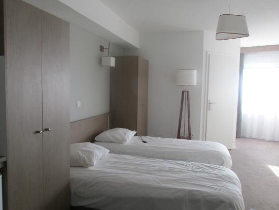 chambre photo de appart 39 city mulhouse centre mulhouse. Black Bedroom Furniture Sets. Home Design Ideas