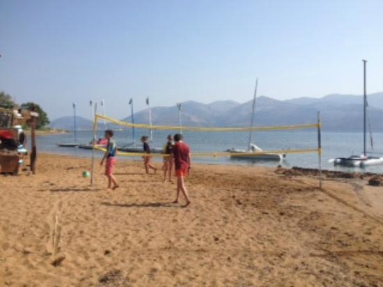 Apolafsi Villas: Beach vollyball