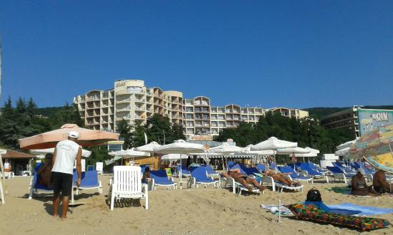 Luna Hotel: view from the beach