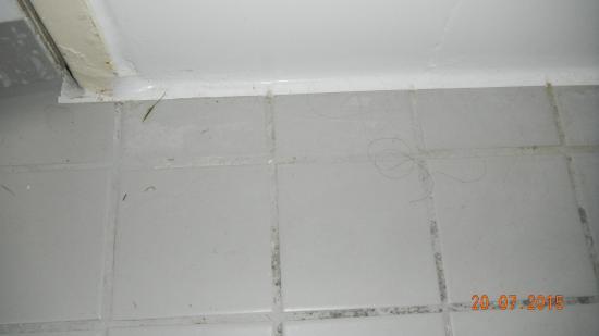 Badezimmer Bodenplatten Verschmutzt Picture Of Grand Prestige
