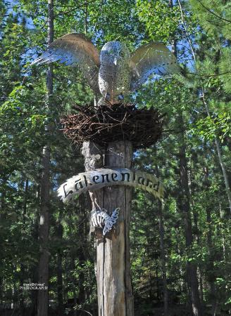 Lakenenland Sculpture Park: Owl
