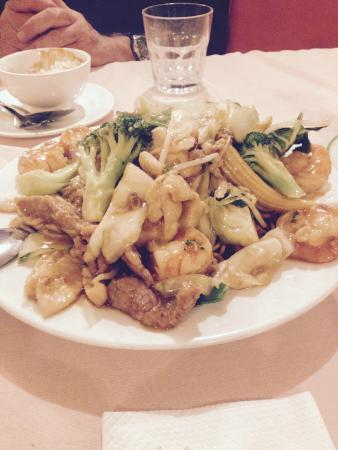 Golden Pond Chinese Restaurant