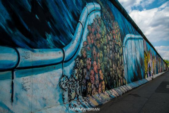 Berlin Wall Art berlin wall art galleria - picture of memorial of the berlin wall