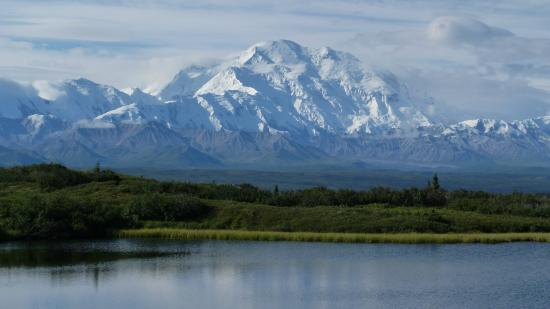 North Face Lodge: Denali on a clear day