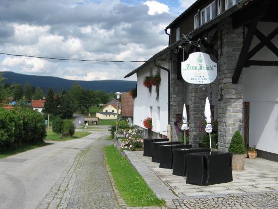 Riedlhütte, Deutschland: Guest house on a quiet street