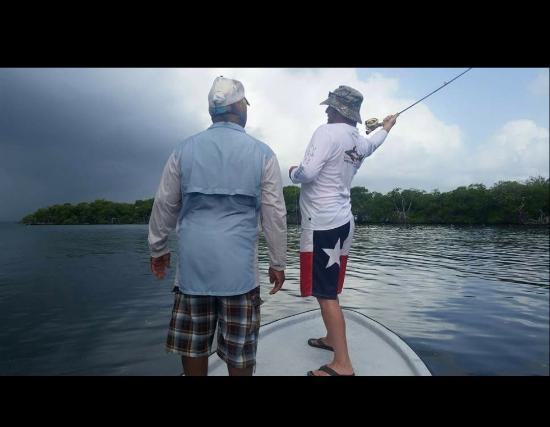Thatch Caye, a Muy'Ono Resort: Fly fishing with Lincoln--Blue Horizon Fly Fishing