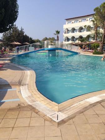 Sunrise Hotel: Pool