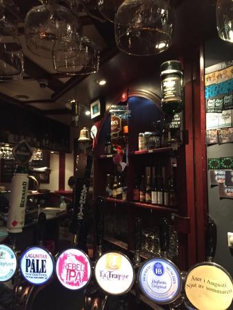 Mackinlays Inn