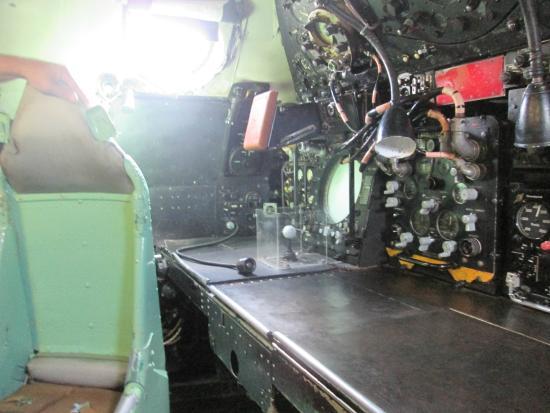 โคเวนทรี, UK: Vulcan rear crew bench