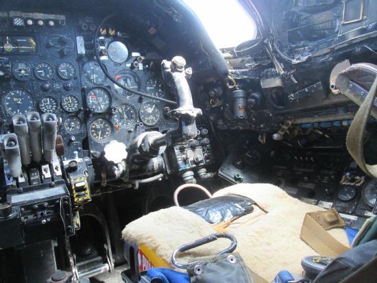 โคเวนทรี, UK: Vulcan front cockpit