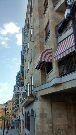 Le Petit Hotel: Petit Hotel