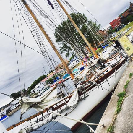 Superior Odyssey Sailing Charters: photo0.jpg