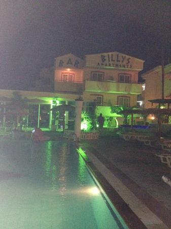 Billy's Studios: Billys by night