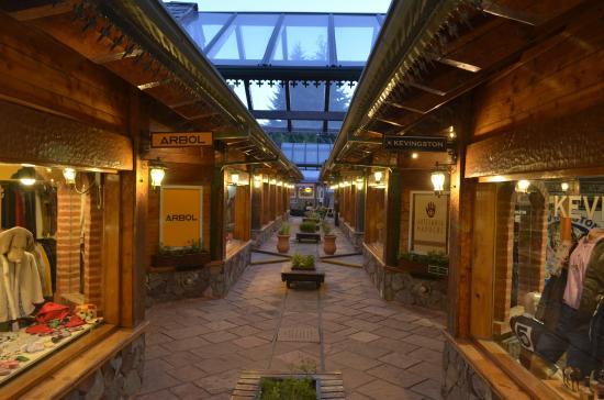 Estación Patagonia - Andén de Compras