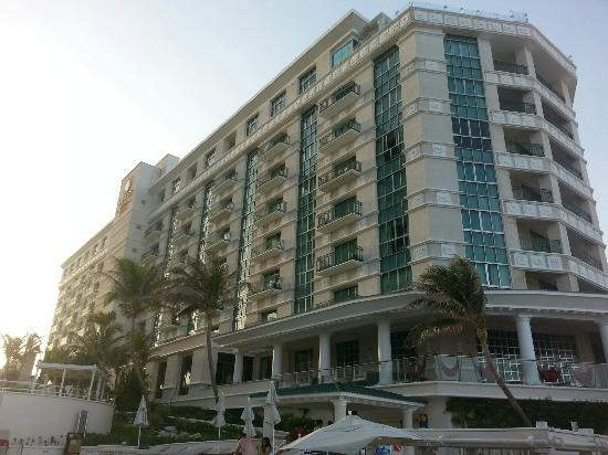 Sandos Cancun Lifestyle Resort : Resort Extrior