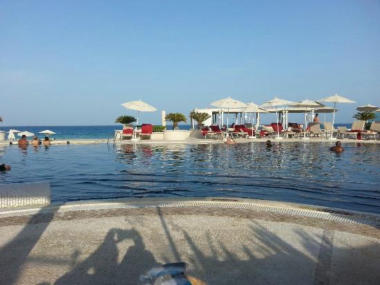Sandos Cancun Lifestyle Resort : Pool View