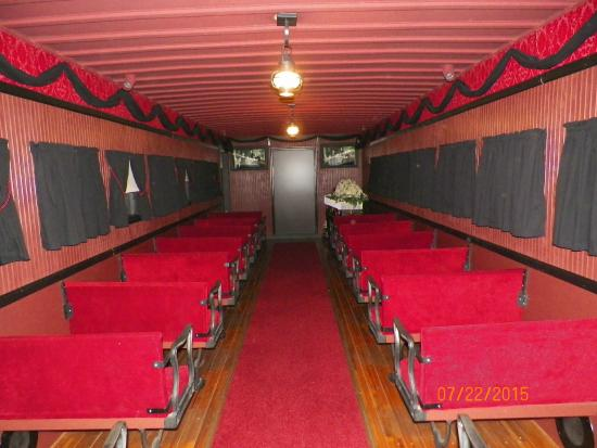 Lincoln Train Museum: Inside Funeral Car