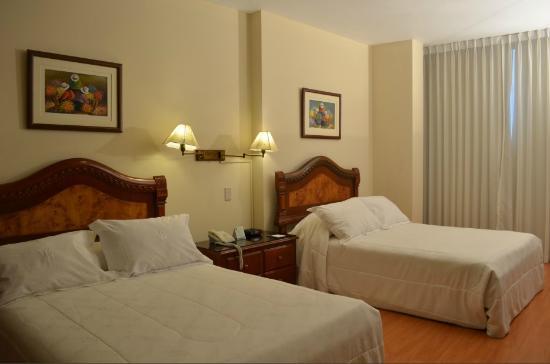 Miraflores Colon Hotel: Habitación Doble