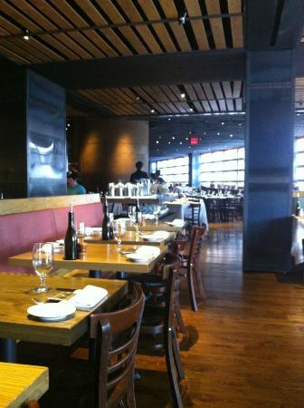 Landmarc picture of landmarc restaurant new york city for 10 columbus circle 3rd floor