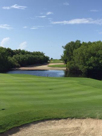 Riviera Cancun Golf Resort: Golf course